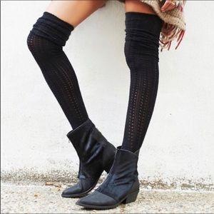 Free People Caldera Zipper Ankle Boots 7 Black
